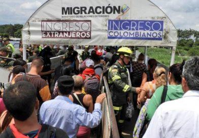 Colombia extiende vigencia de pasaportes venezolanos por 10 años