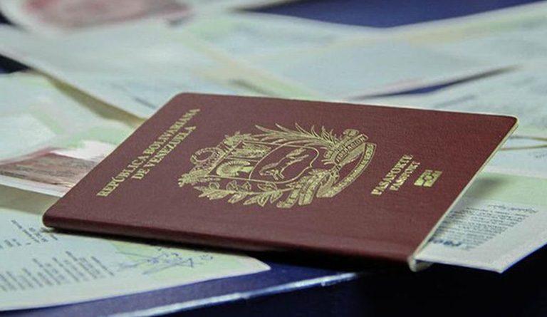 Vigente en Colombia decreto que extiende validez de pasaportes venezolanos por 10 años